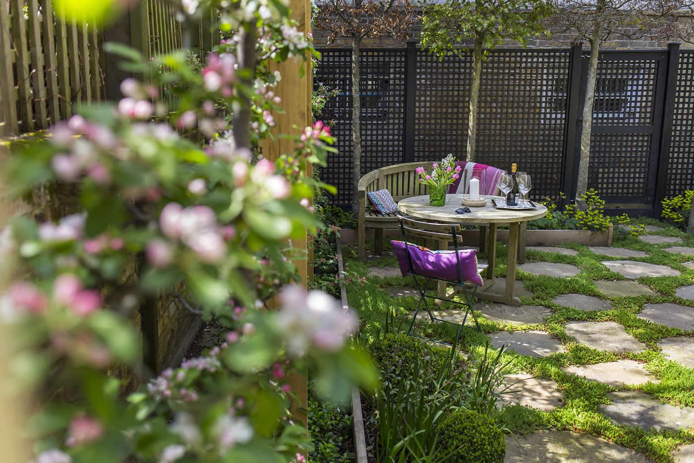 Inspirational Garden Design In Holland Park London