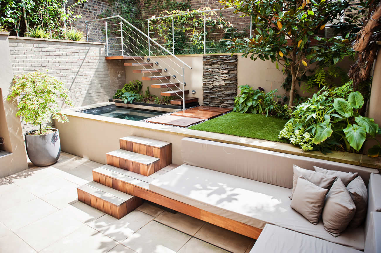 City design garden low maintenance with artificial lawn for Gartengestaltung jacuzzi