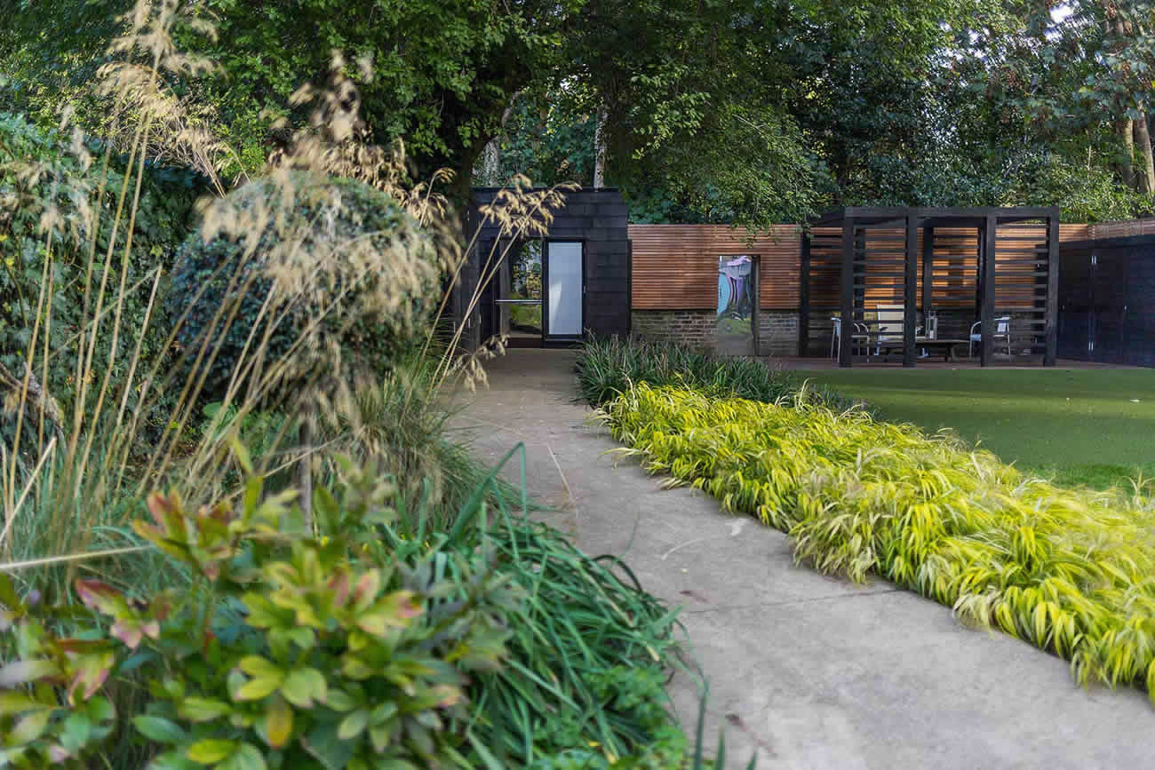 Wandsworth Urban Garden Design: Family Garden Design In Wandsworth, Designed By Philip