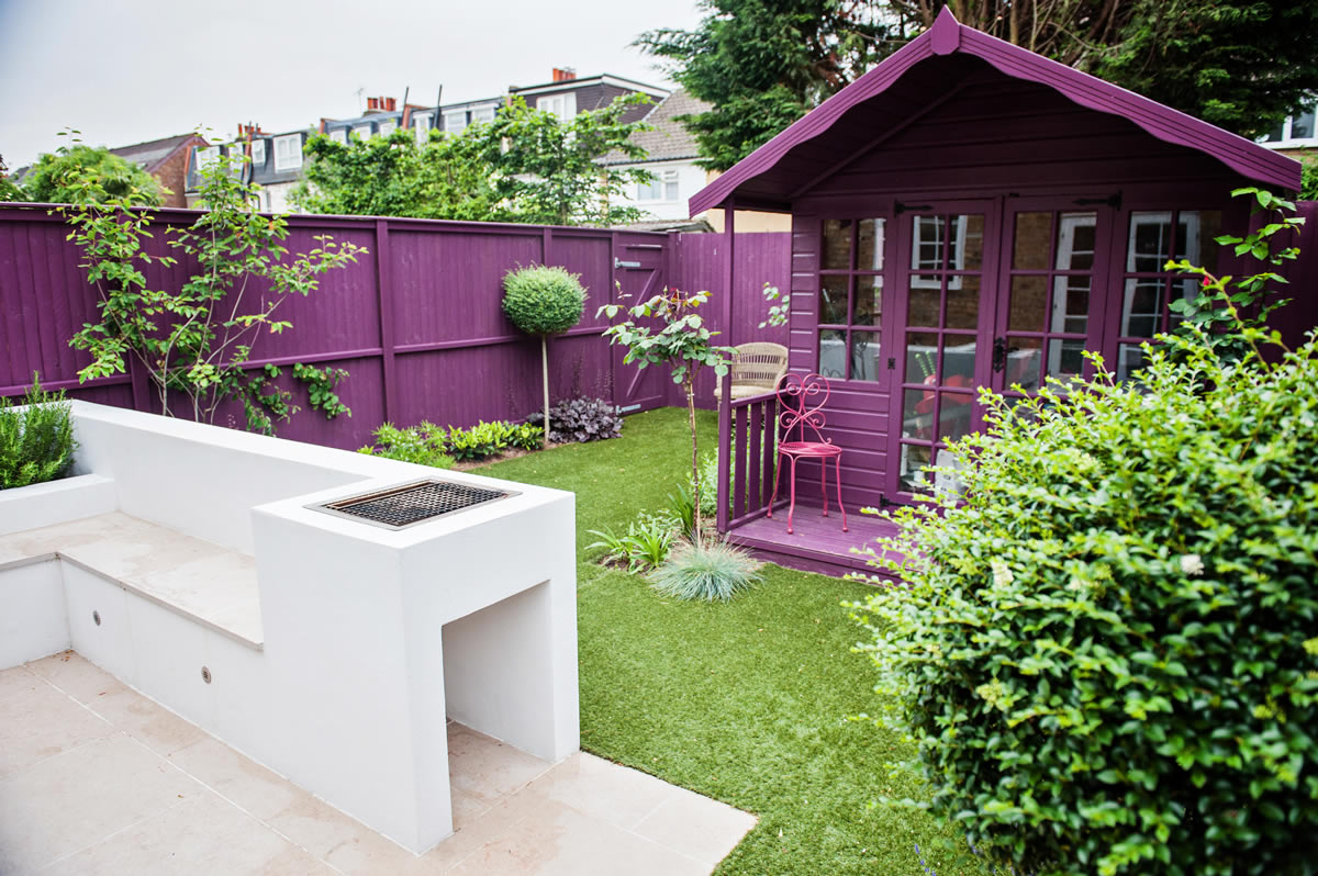 Funky small garden design 23 wimbledon garden designed and Designer gardens