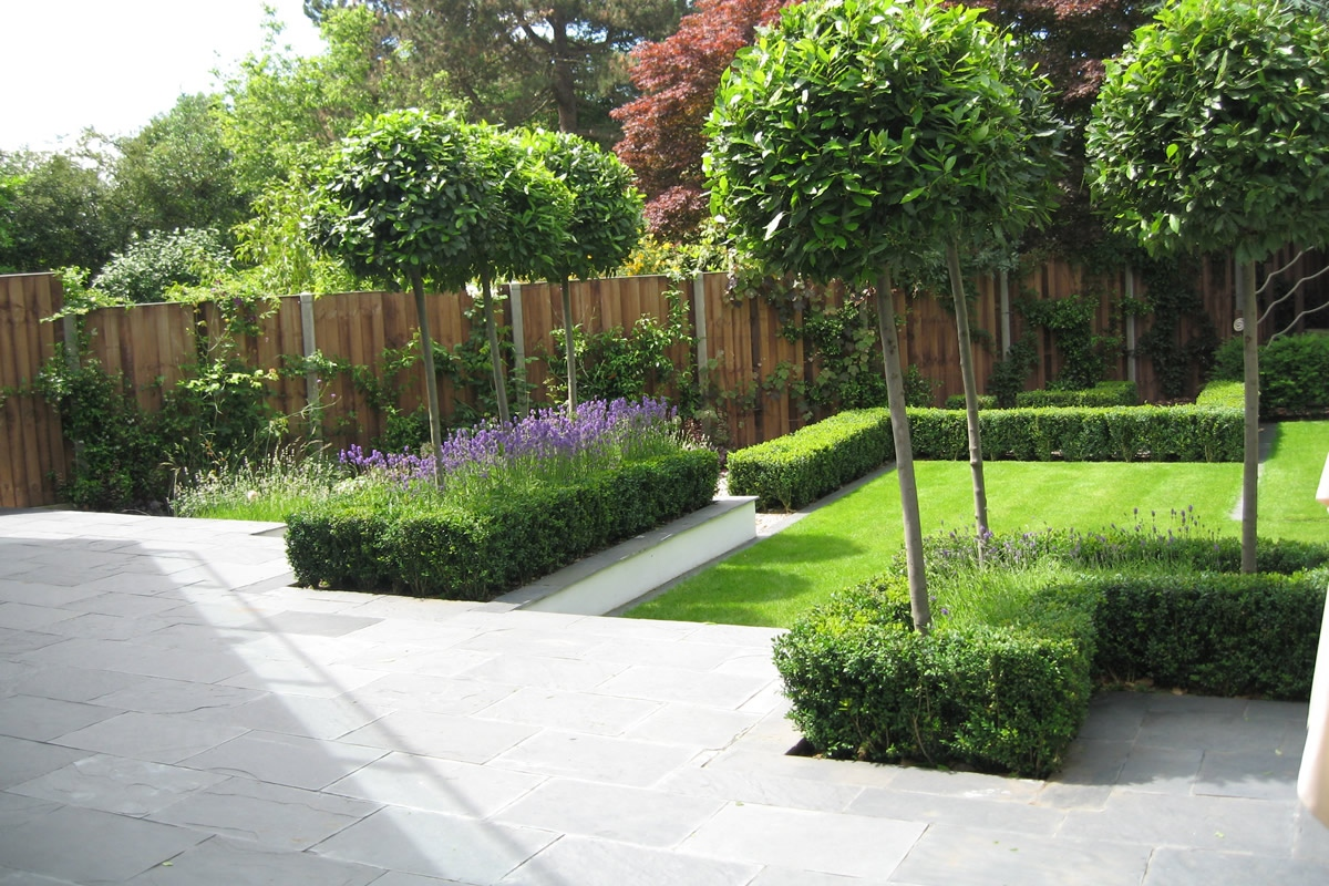 Slate terrace contemporary garden designs by lynne marcus for Images of garden designs