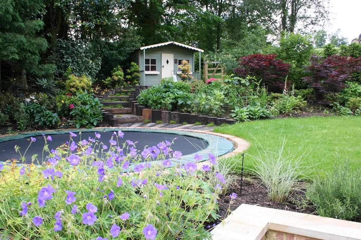 Romantic elegant terrace contemporary garden with for Family garden designs