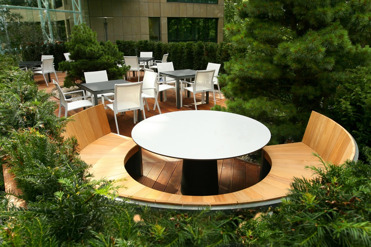 Commercial outdoor relaxation seating and dining area for Garden patio area design