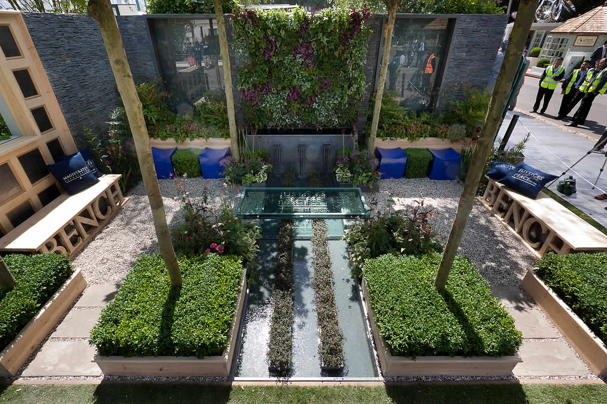 Large city garden design space for a grand house by Kate ...
