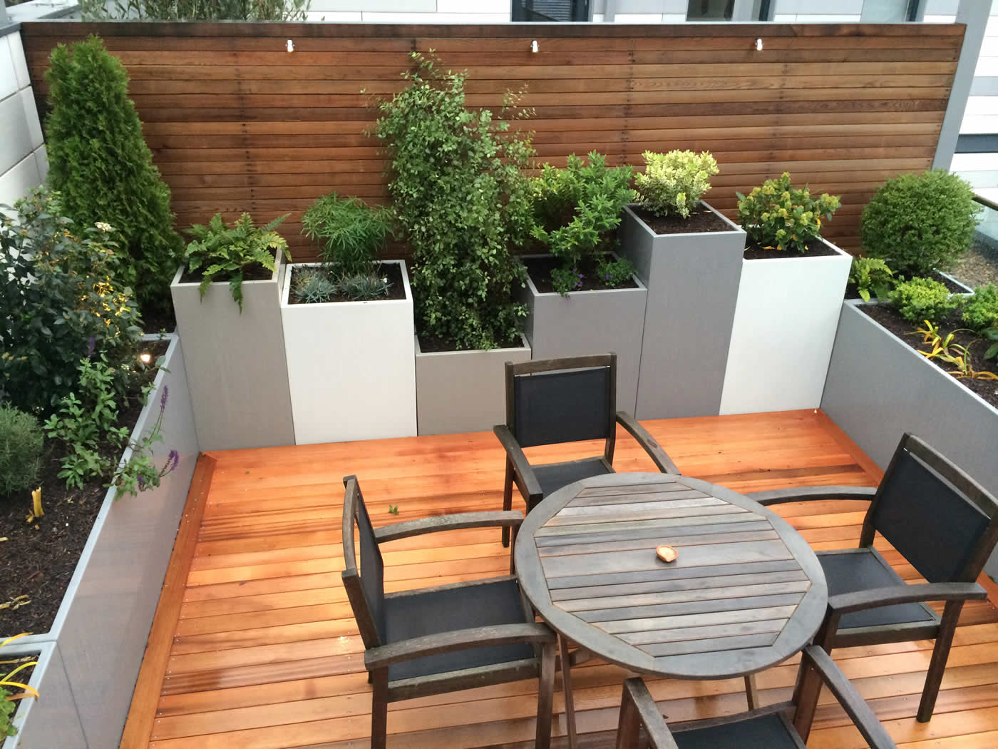 Kings Cross Roof Terrace At New Apartments, Pippa Martlew, Cedar Timber,  Aluminium Planters