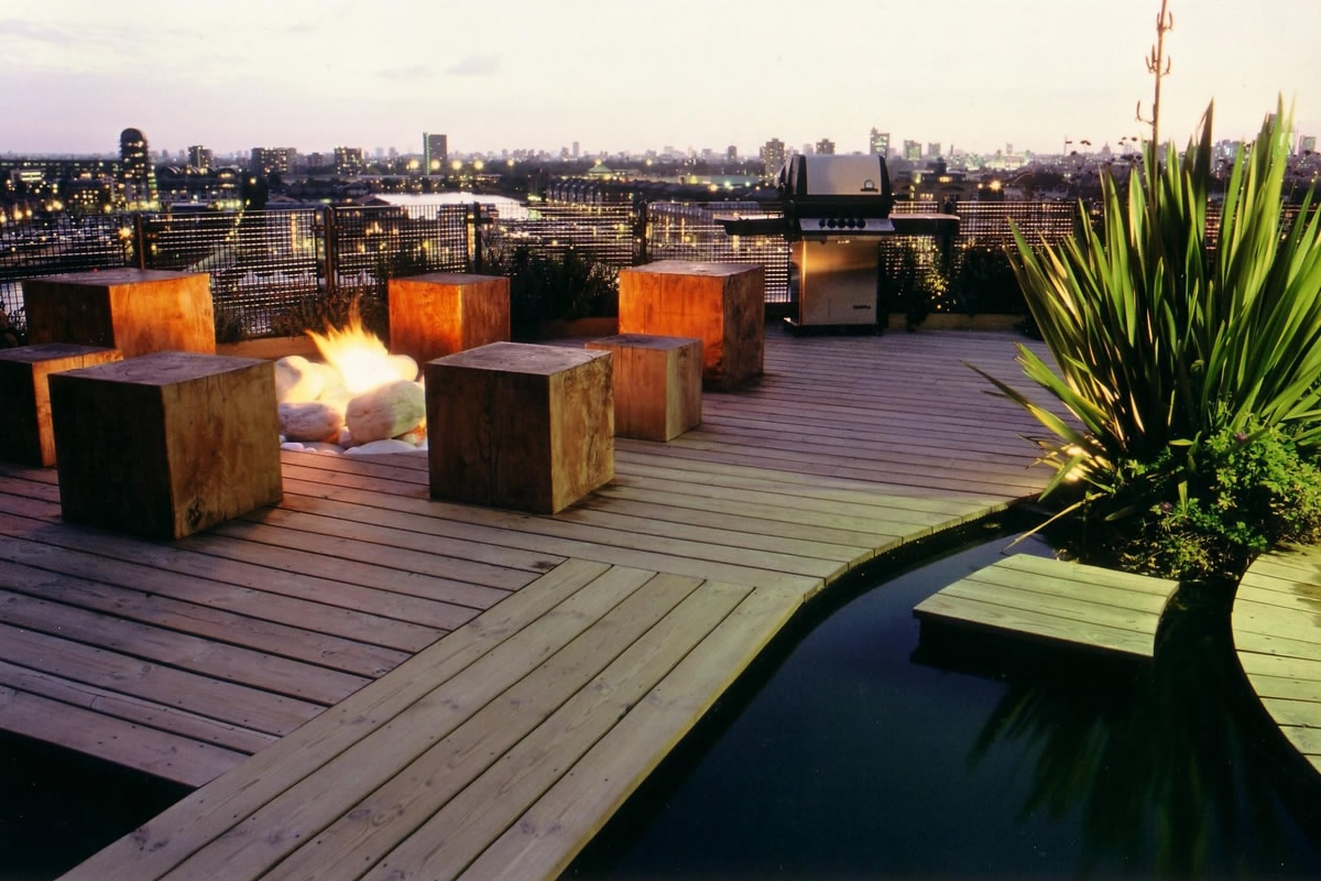 Penthouse roof garden in canary wharf design by andy for Where is terrace