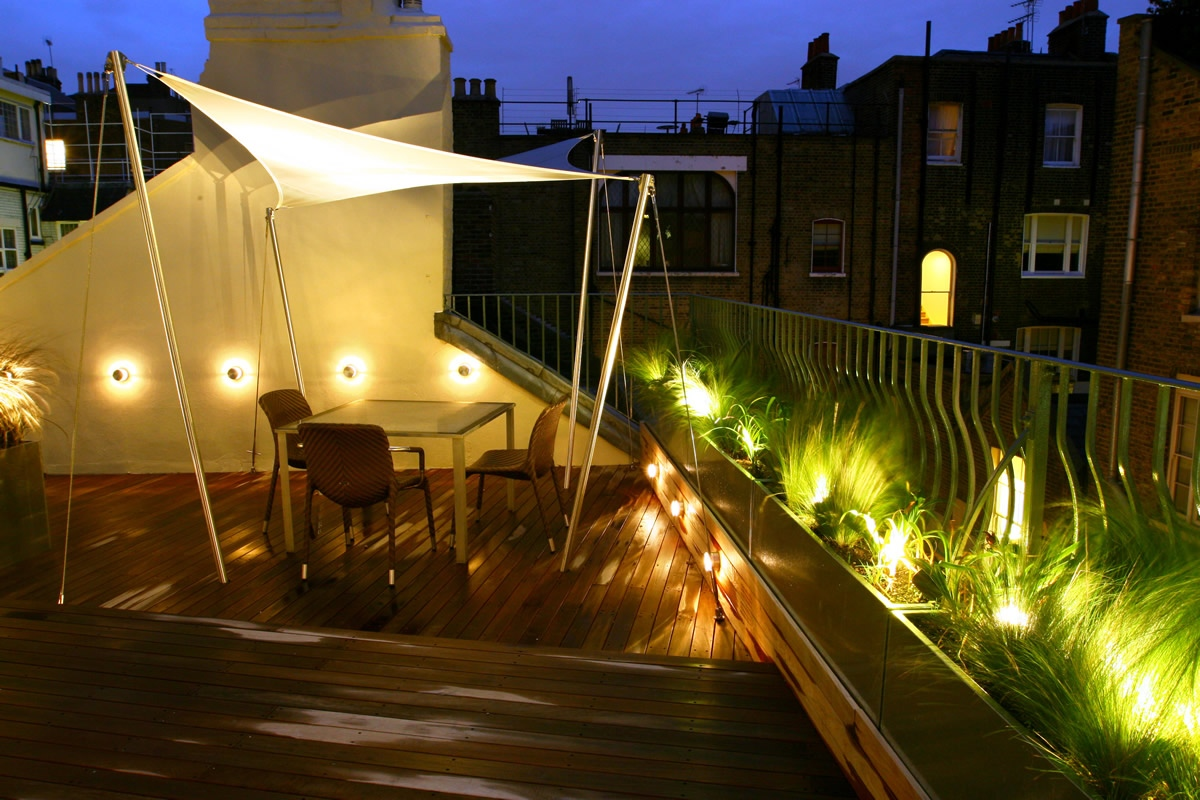 City roof terrace in marylebone w1 designed by joan edlis for Terrace lighting