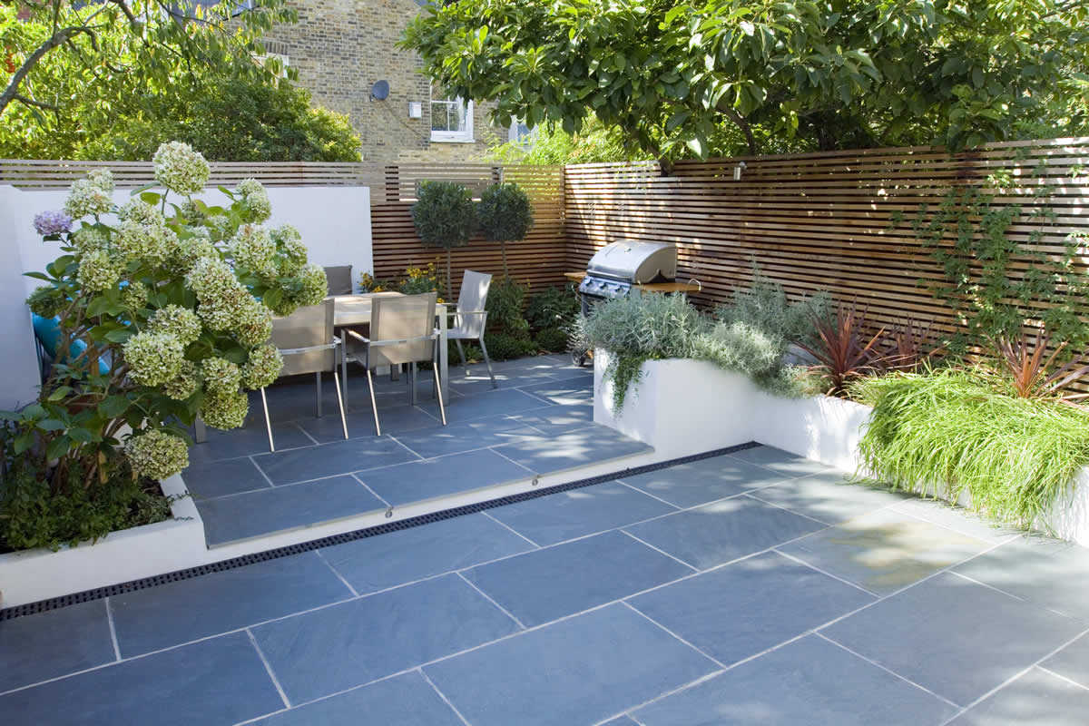 Contemporary Small Family Garden Designers In Clapham SW4 Slate Paving By Gar