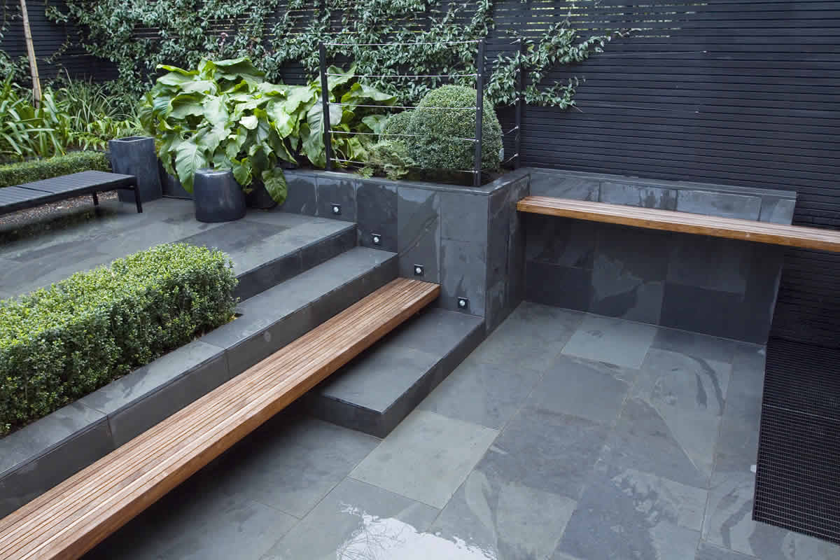 Chic modern garden design in chelsea by declan buckley with steps and - Uncomplicated Contemporary Design