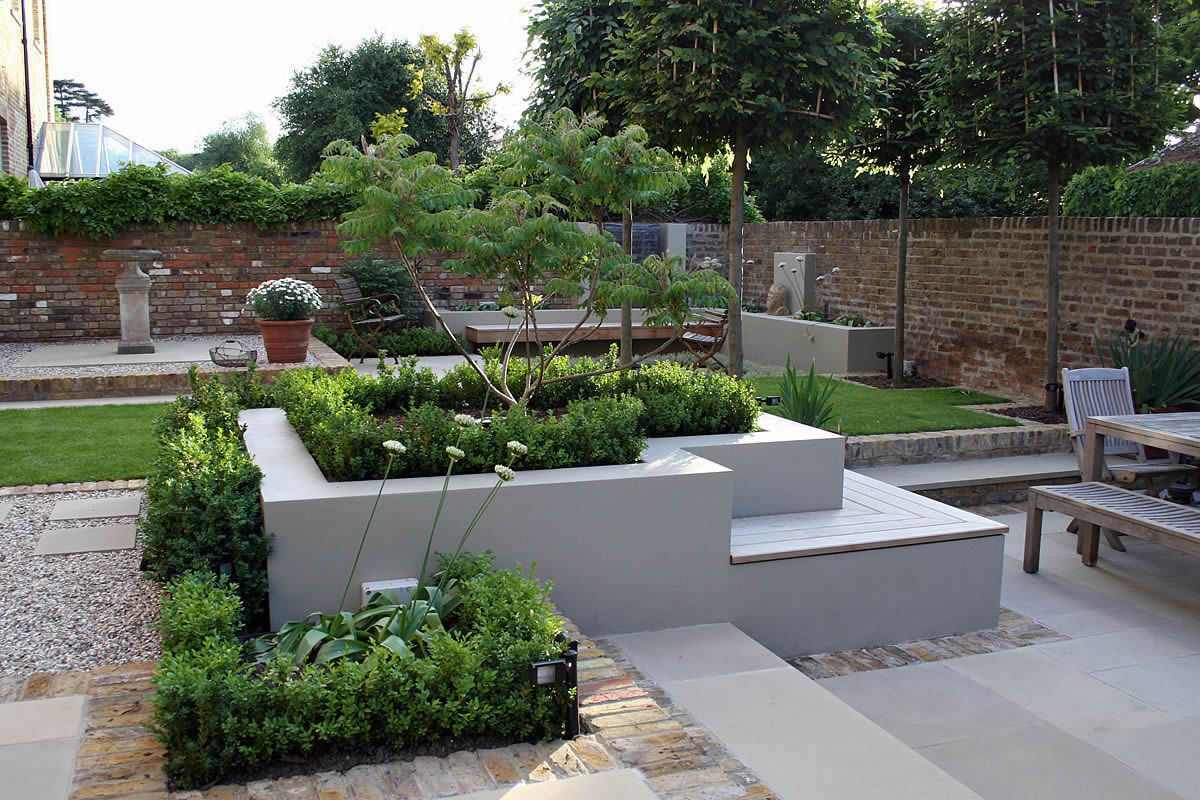 Multi level linear garden hertfordshire designed by kate for Home and garden designer