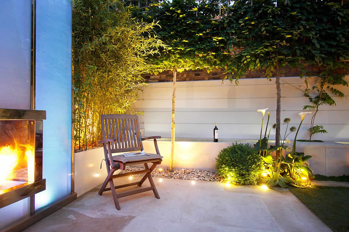 Minimalist yet modern by Garden Designer Kate Gould ...