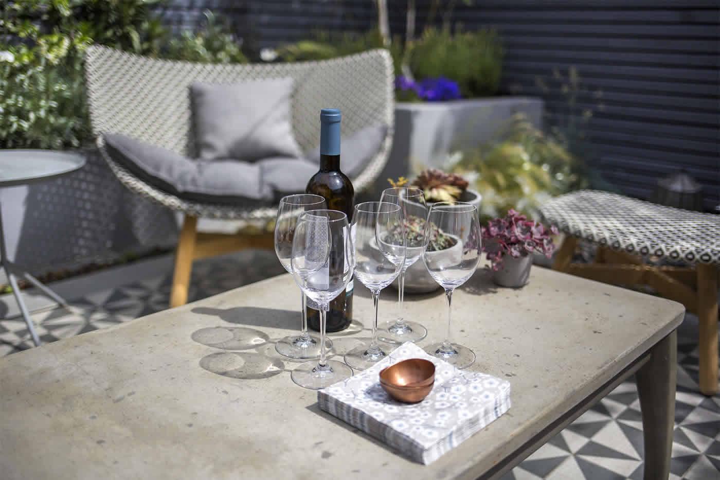 Private Small Garden Design: Private Small Garden Design Outdoor Room Ideas Courtyard