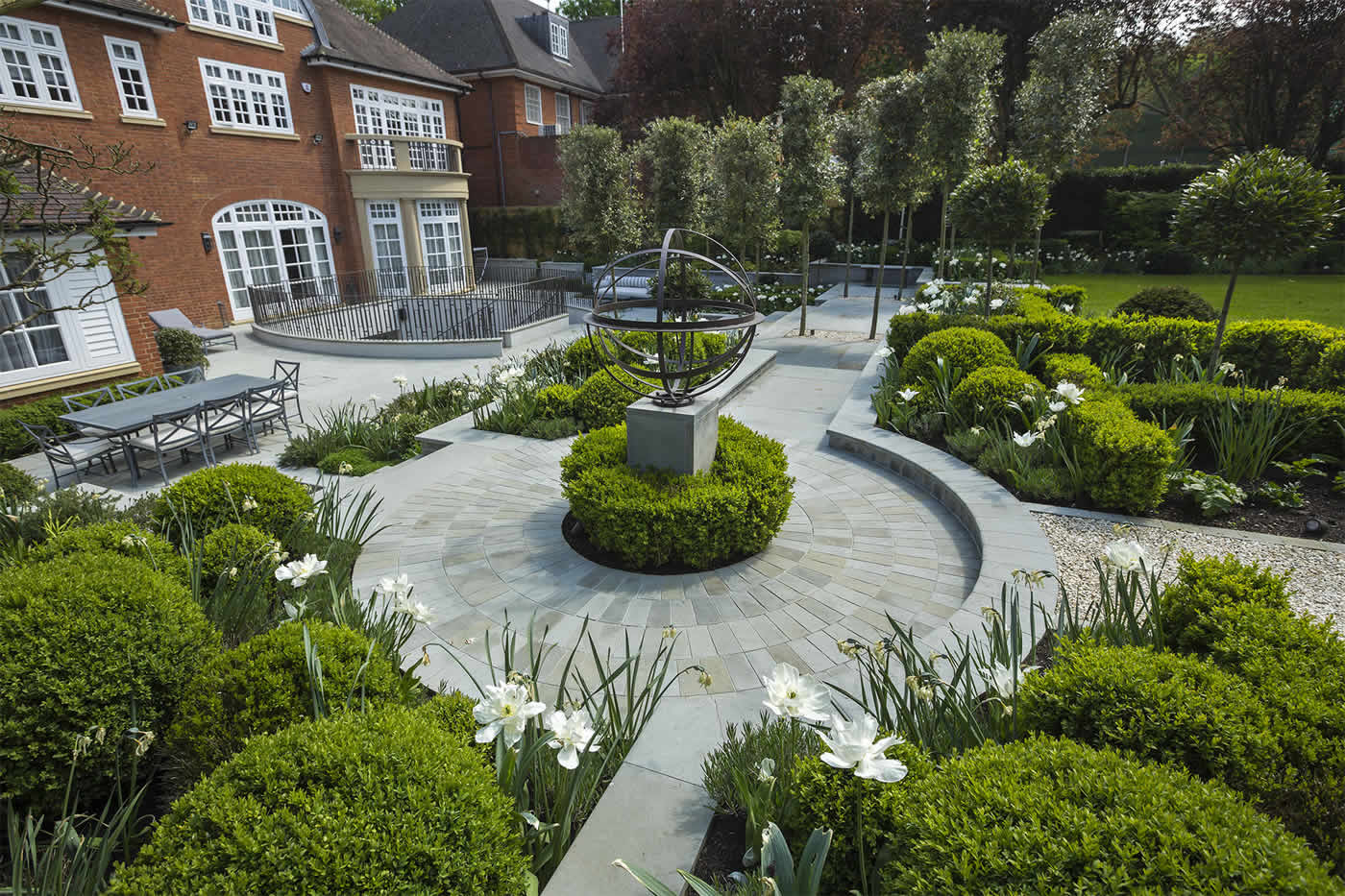 Large Elegant Garden London